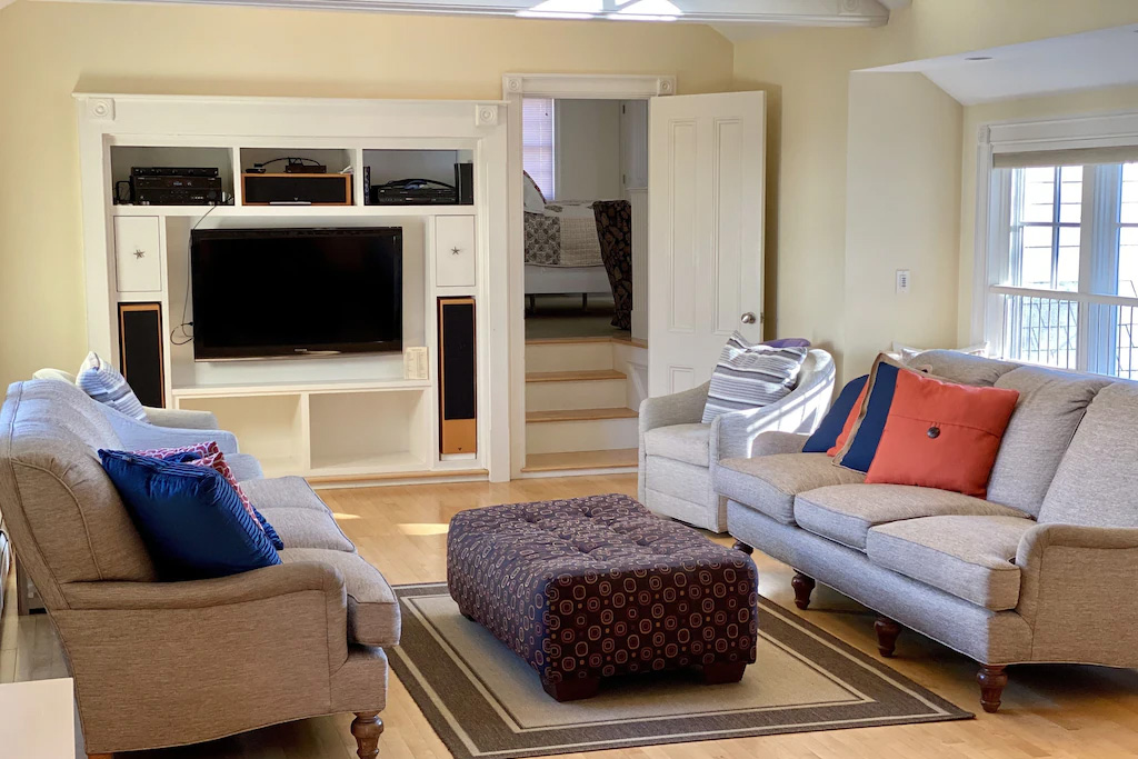 Family Gathering Space at Grand Seaside Cottage Rental in York Harbor Maine