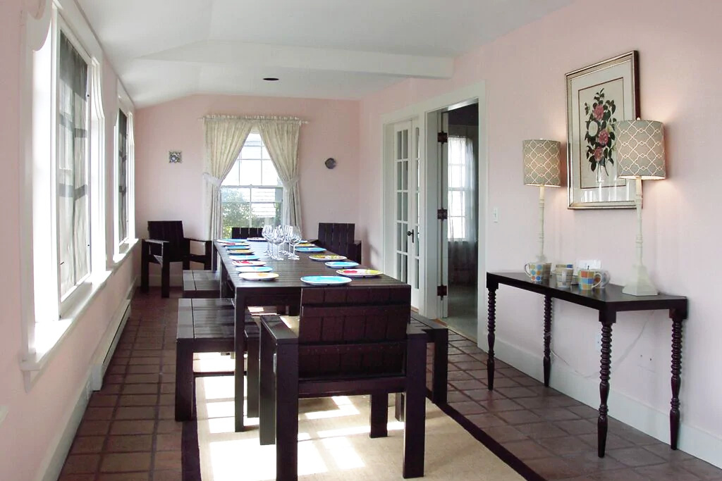 Sunroom Dining & Gathering Space at Grand Seaside Cottage Rental in York Harbor Maine